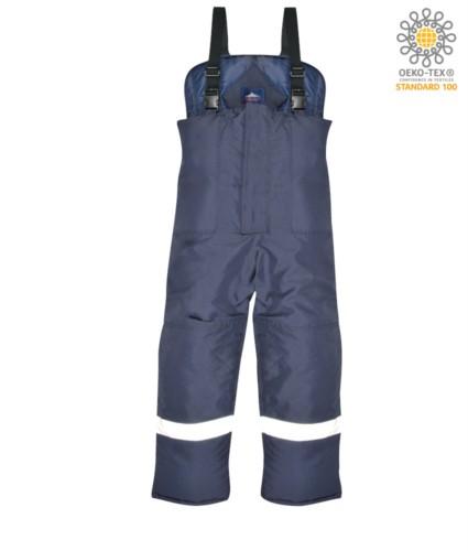 Coldstore trousers, Elastic braces, reflective tape around the legs, knee reinforcement, oversized pockets, blue colour. CE certified, EN 342:2004